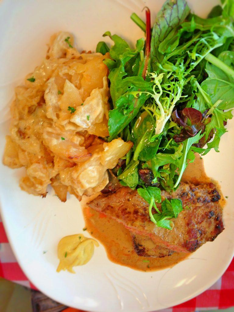 La Petite Cuisine Sirloin Steak