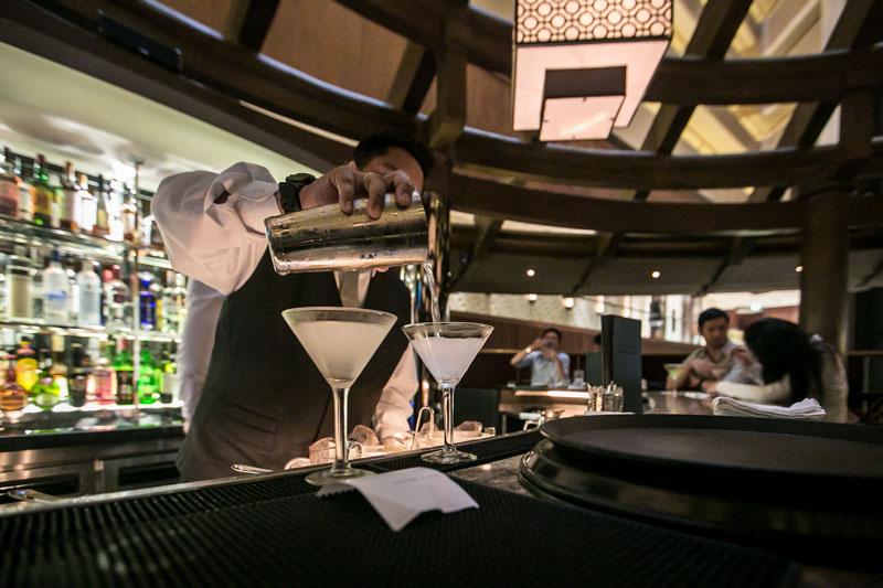 mortons steakhouse singapore mortini hour