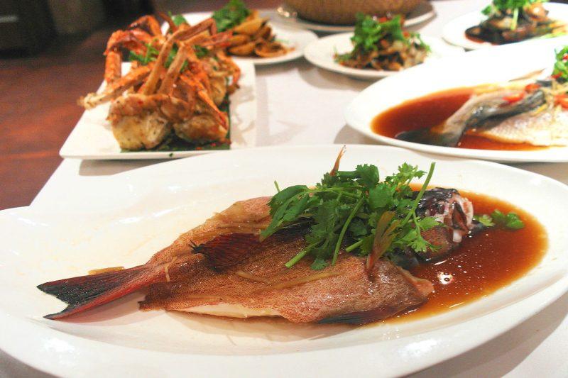 best hotel buffet plaza brasserie red snapper