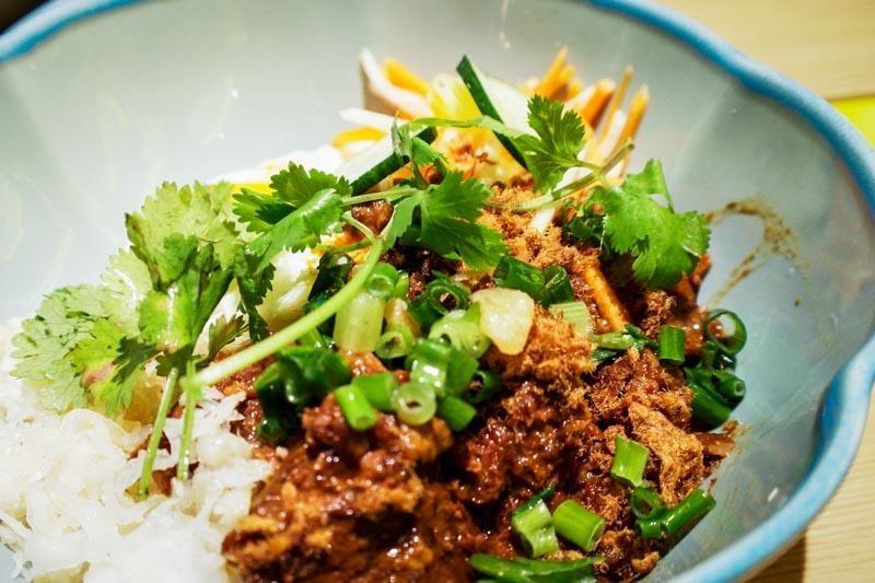 5-spice Stewed Beef comnam broken rice