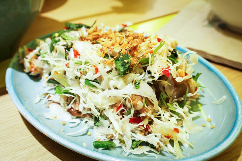 comnam broken rice Salad of Grilled Chicken