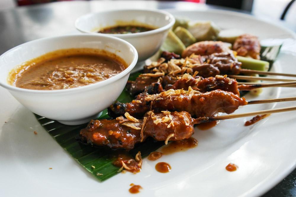 jakarta food indonesia satay sate