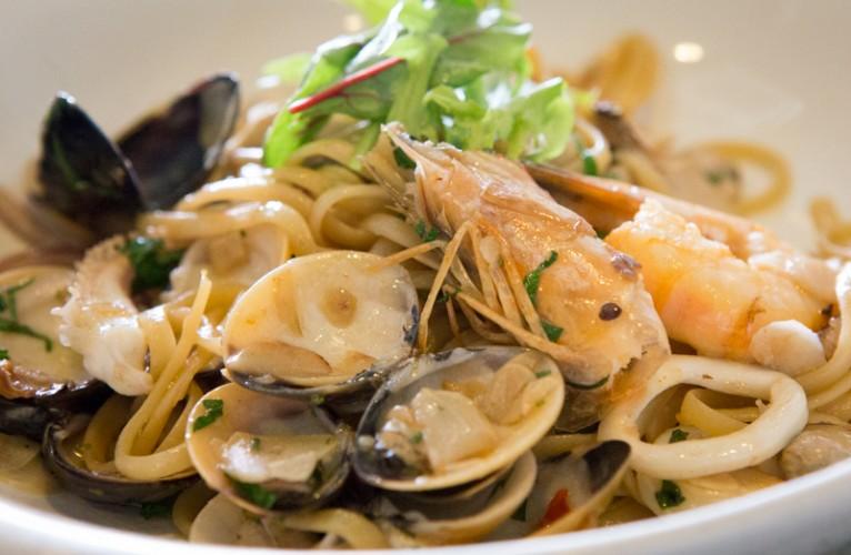 pietro ristorante Linguine Aglio Olio ai frutti di Mare