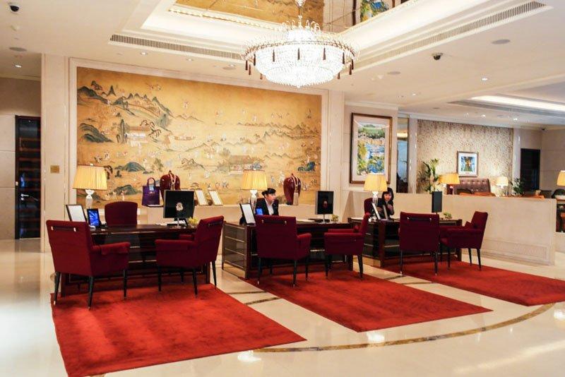 best staycation singapore st-regis hotel