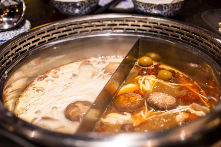 beauty-in-a-pot-steamboat-1249-750x500 You'll Never Believe That These 5 Dishes Are Giving Singaporeans Hair Loss
