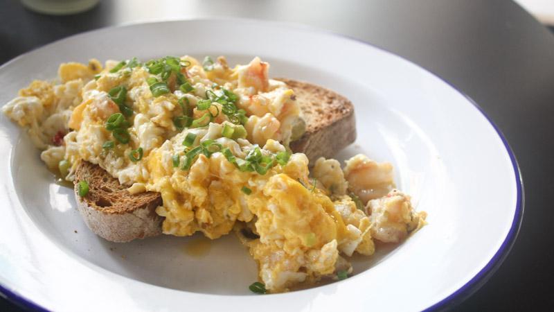 club meatballs scrambled eggs