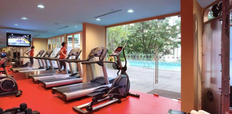 park regis singapore hotel gym