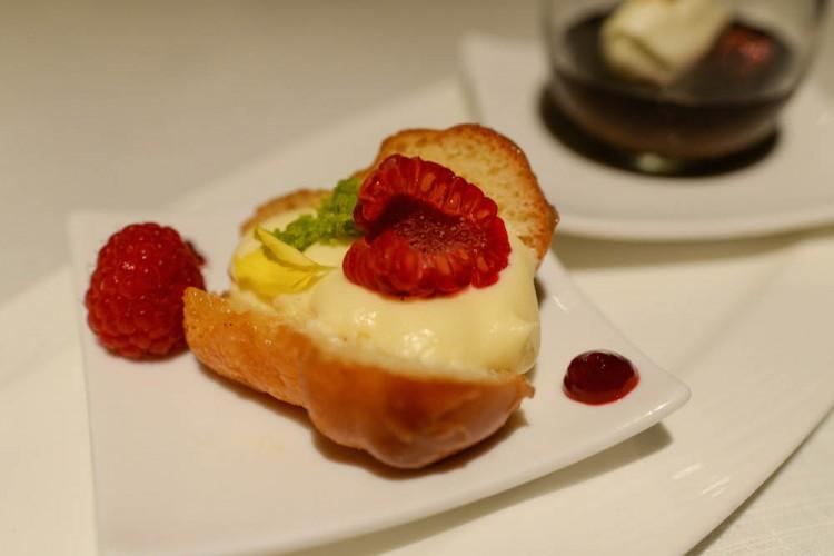 Basilico dessert Baba' Al Limoncello