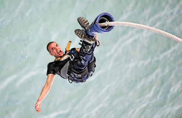 Africa crocodile bungee bungy jumping