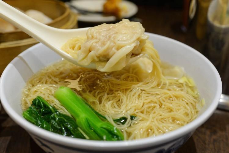 Legendary Hong Kong wonton noodle in soup