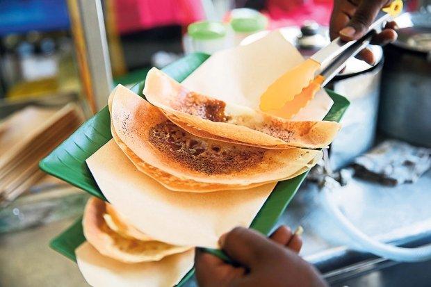must eat foods penang apom manis