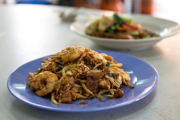 penang street food char koay teow