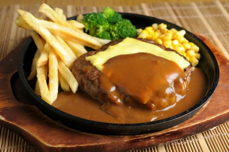 Benten Cafe hamburger steak