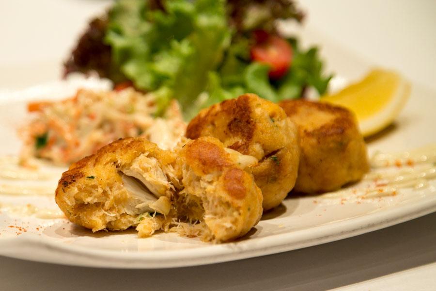 new york steakhouse bangkok crab cakes
