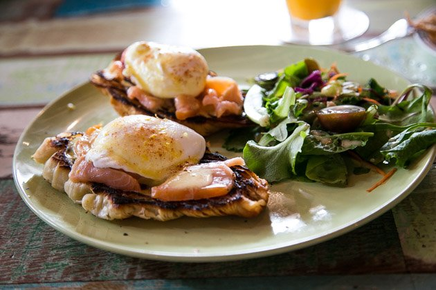 kuala lumpur best cafes bandits poached eggs