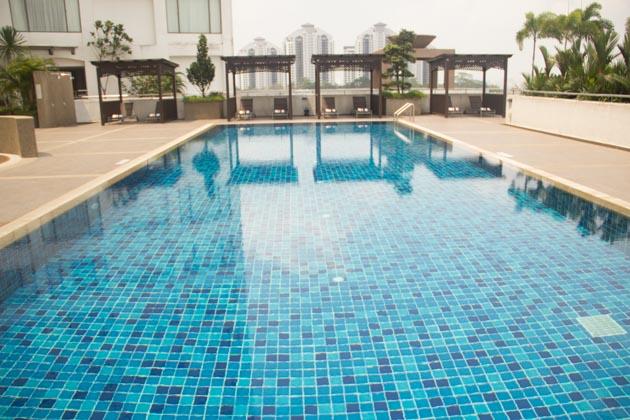 RenaissanceJohorBahru - Swimming Pool