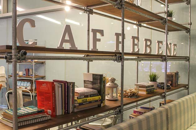 Caffe Bene Interior