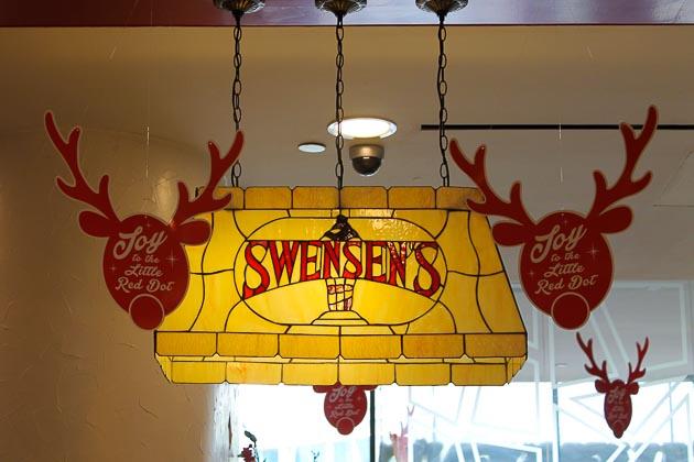 City Sq Mall: Swensons- Exterior