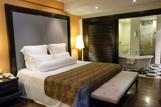 Samui-centara-hotel-premium