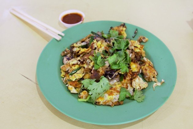 Toa Payoh Hawker Food Guide: 25 Stalls Toa Pay-oh Visit to-Ah Chuan Oyster Omelette
