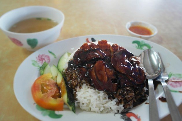 Toa Payoh Hawker Food Guide: 25 Stalls Toa Pay-oh Visit to-Hua Fong Kee Char siew