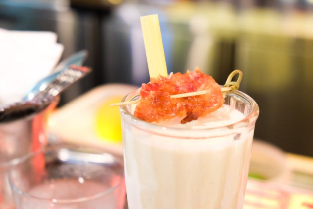 cocktails-overeasy-bacon