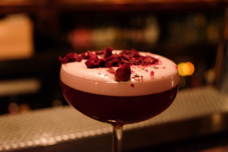 cocktails-spiffy-dapper-beetroot-gin-sour