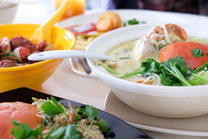 best crab beehoon singapore don-signature-table