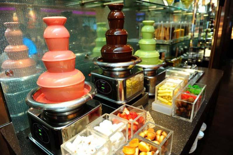 Carousel-desserts-2 buffet