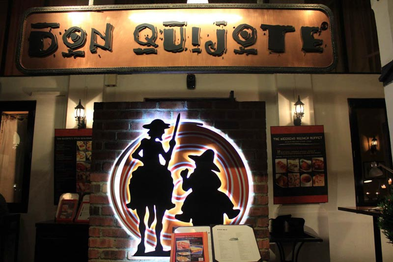 Don Quijote-storefront-2