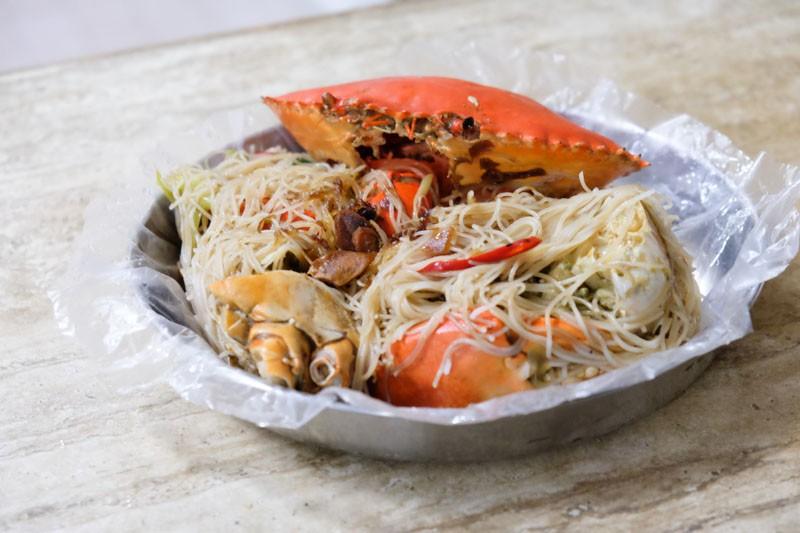 best crab beehoon singapore sin huat