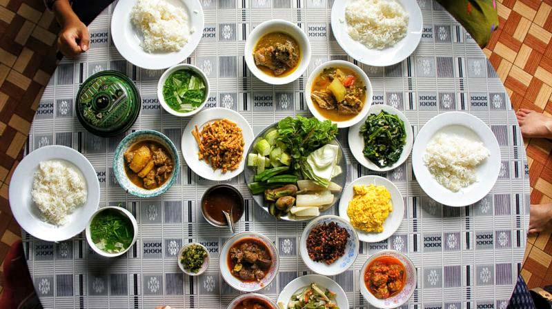 10 Foods To Eat In Myanmar To Truly Experience The Local Life