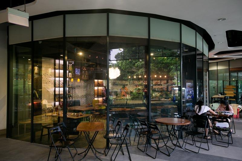 Revolution Coffee - Exterior