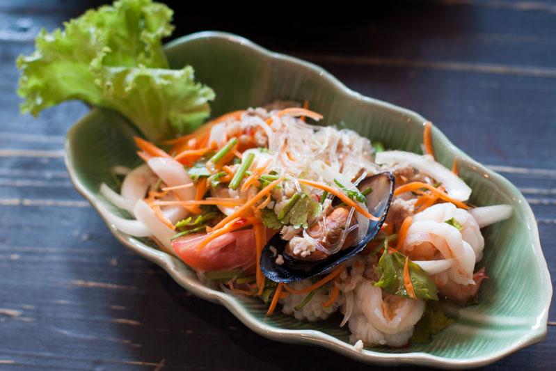 gu thai noodle cafe vermicelli noodle