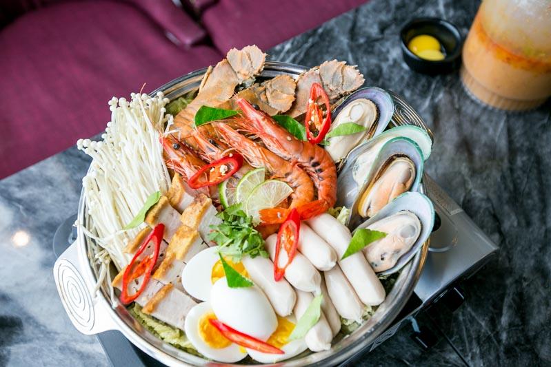 Soi Thai Soi Nice - Royal Thai Hot Pot 1
