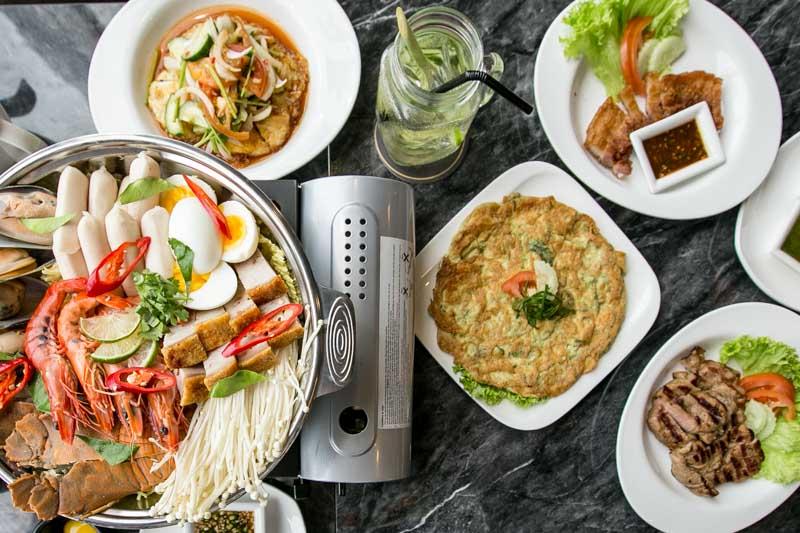 Soi Thai Soi Nice - Flat Lay