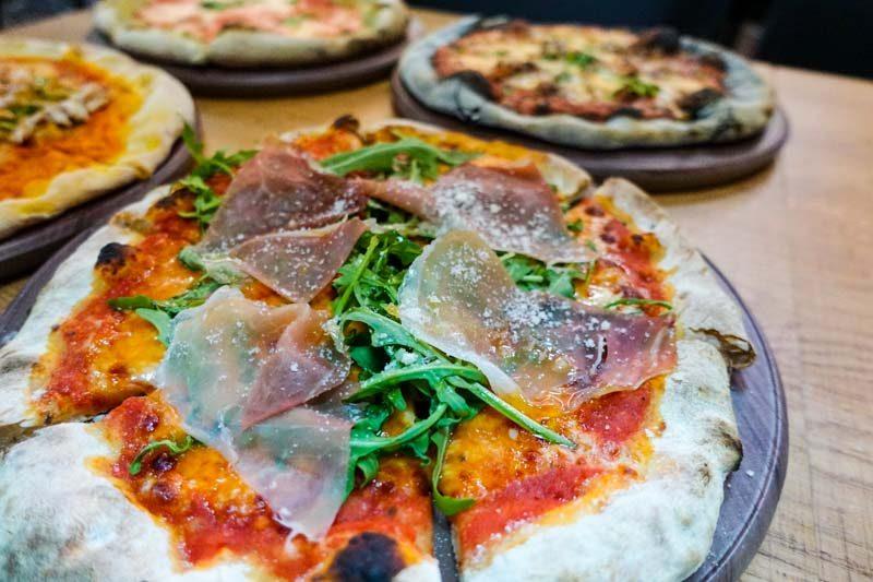 PocoLoco Pizzeria (16)