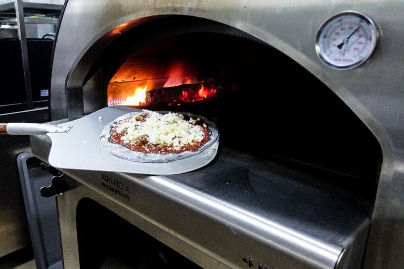 PocoLoco Pizzeria (8)
