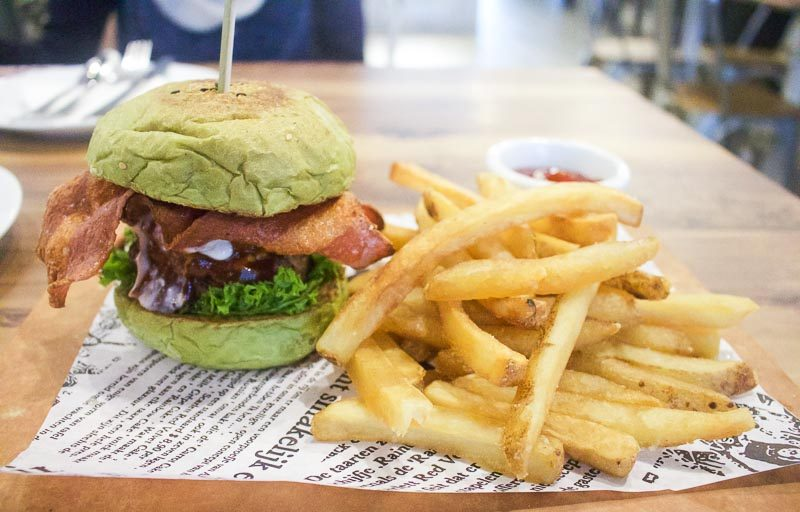 I-am...-5-800x512 I am... : Matcha Burger & Other Delicious Cafe Staples Exclusive To The New Outlet At Our Tampines Hub