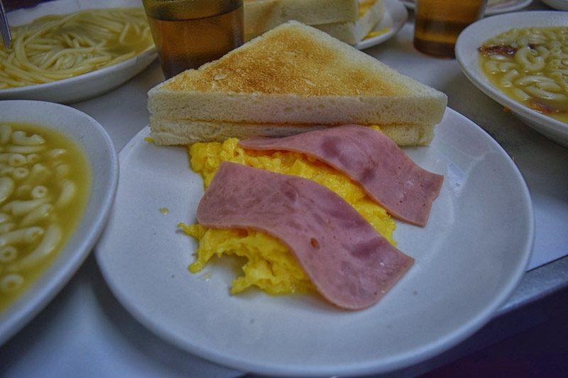 hong kong street food - ADC scrambled eggs