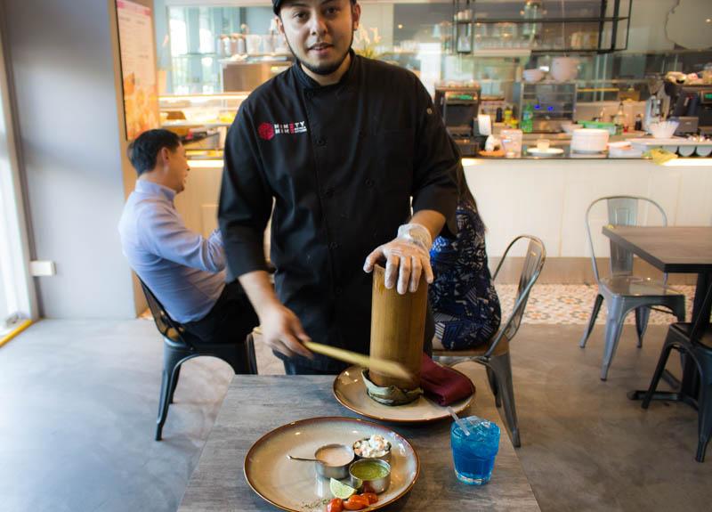 99 Bistro Chef Syad Demostration_