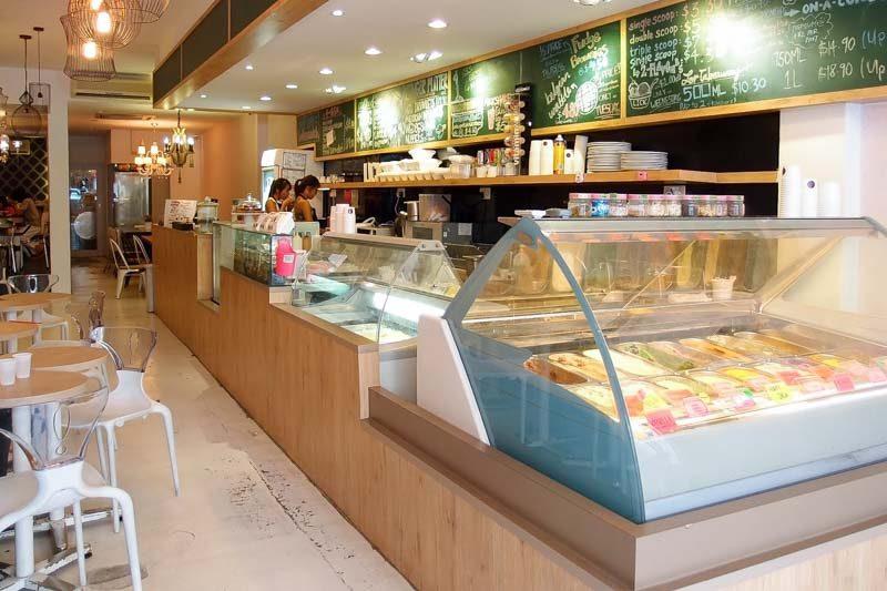 Dessert buffets Singapore-6