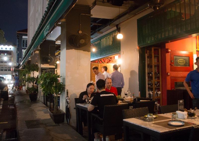 L'operetta Corner Bar Shophouses Roadside_