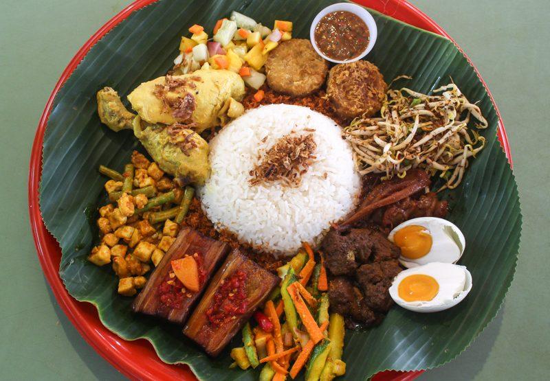 Enak-Nasi-Ambeng-3-800x555 Enak: XL Nasi Ambeng Platter Filled With Spicy Rempah-Based Ingredients Guaranteed To Satisfy Huge Appetites At Bedok South Road