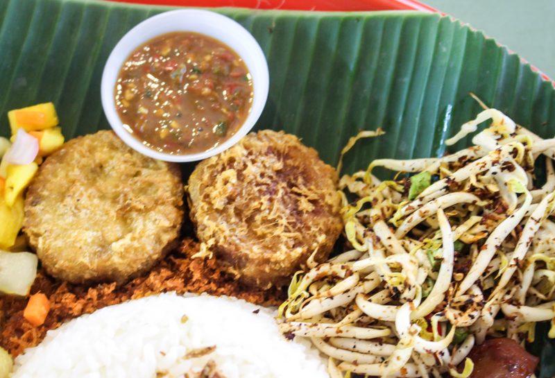 Enak-Nasi-Ambeng-5-800x545 Enak: XL Nasi Ambeng Platter Filled With Spicy Rempah-Based Ingredients Guaranteed To Satisfy Huge Appetites At Bedok South Road