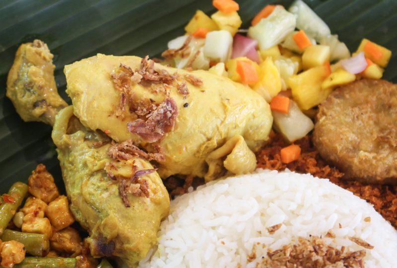 Enak-Nasi-Ambeng-7-800x540 Enak: XL Nasi Ambeng Platter Filled With Spicy Rempah-Based Ingredients Guaranteed To Satisfy Huge Appetites At Bedok South Road