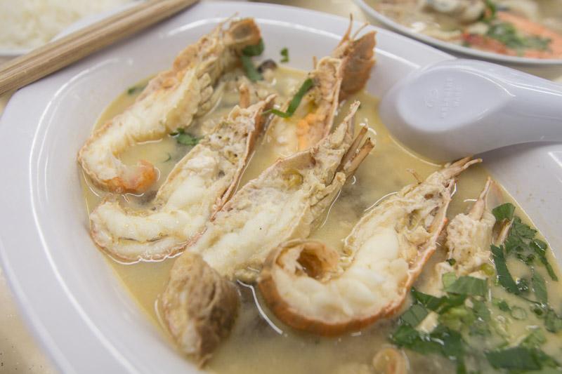 Shun-Feng-Crayfish-Delight-17 Shun Feng Crayfish Delight: Affordable Crayfish Soup & Umami Dry Kway Teow From S$6.50 At Khatib