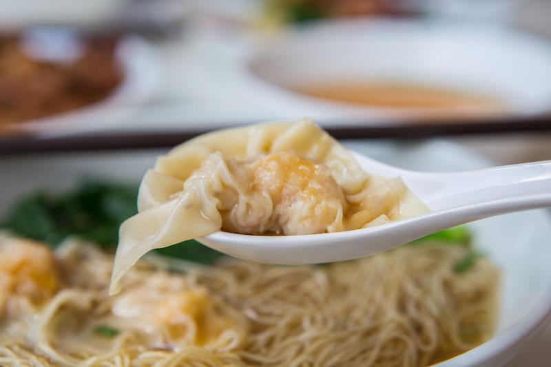 Yi-Kou-Mian-7 一口面 Yi Kou Noodle: Affordable Handmade Dumpling Noodles Filled With Generous Chunks Of Prawns At Geylang