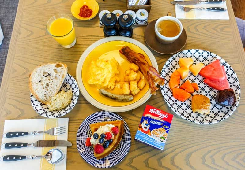Andaz Breakfast