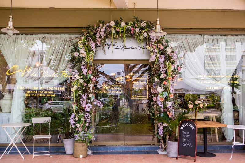 Cafe De Nicole's Flower East Coast 1